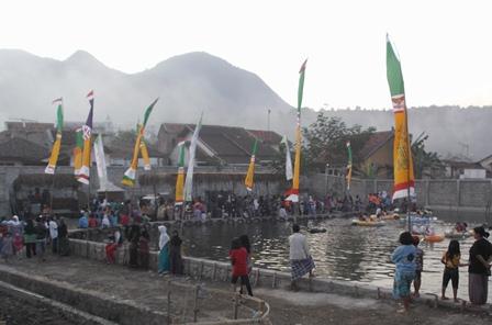 Kolam Hiburan di Kadungora Garut.