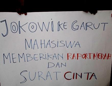 Raport Merah Jokowi-JK Versi Mahasiswa.