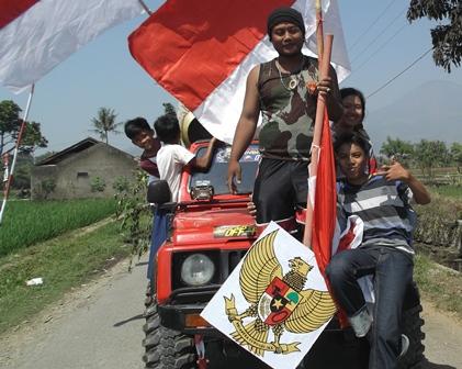 Patriotismr Penduduk Kadungora Garut.