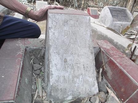 Makam Musisi Braga Stone.