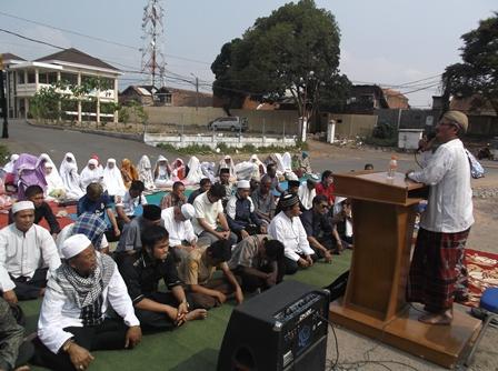 KH. Tanthowi Musaddad, MA.