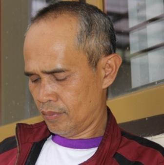 Ilustrasi. Yayan Hermawan, Tokoh Muda Masyarakat Adat Kampung Dukuh, Cikelet, Garut, Jabar. (Foto: John Doddy Hidayat).