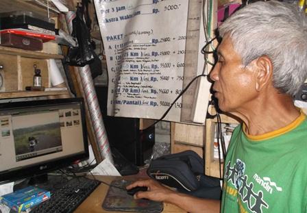 Mang Husein Juga Sumber Informasi.