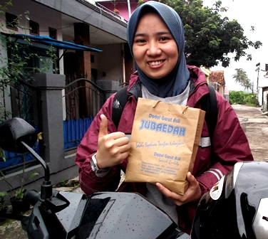Dea Rahadian Hidayati, S.I.Kom Pewarta Garut News Biro Bandung.