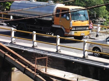 Kondisi Jembatan Cimanuk Maktal Saat Ini.