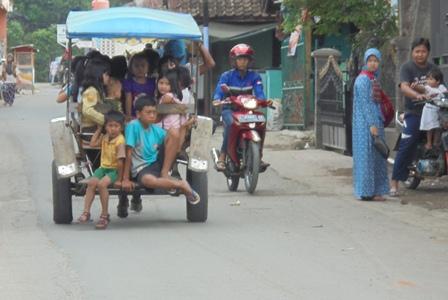 Ngabuburit Berdelman Ria dengan Ongkos Murah-Meriah.