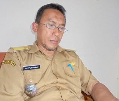 Camat Tarogong Kaler.