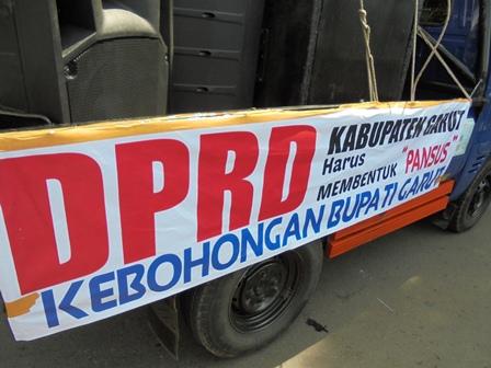 """AMPG Desak DPRD Segera Bentuk """"Pansus"""" Kebohongan Publik Bupati Rudy Gunawan."""