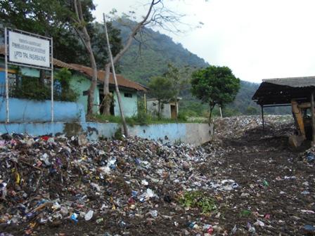 Kantor TPA Sampah Pasir Bajing.