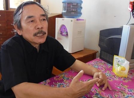 Drs Ayeh K. Hidayat, M.Pd