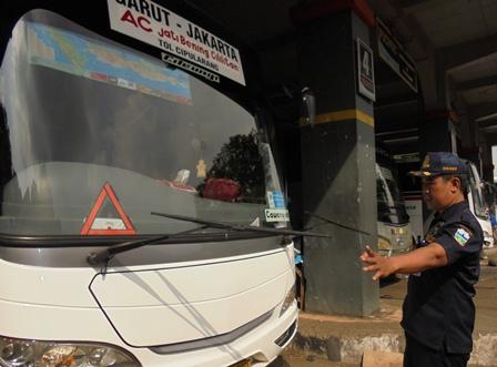Pemeriksaan Kondisi Fisik Kendaraan.