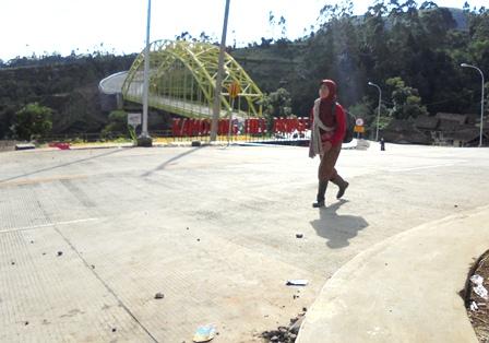 Jembatan Bukit Kamojang.
