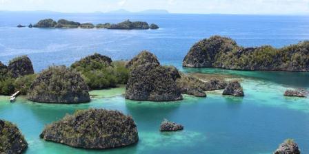 Pianemo, destinasi wisata favorit di Kabupaten Raja Ampat, Papua Barat. (AUDREY ROIT).