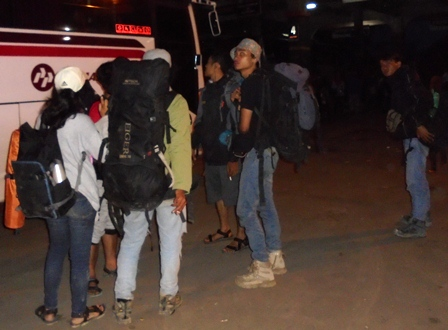 Ke Jakarta Aku Kan Kembali.