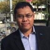Doktor Fisika Terapan Doktor di bidang fisika terapan dari Tohoku University, Jepang. Pernah bekerja sebagai peneliti di dua universitas di Jepang, kini bekerja sebagai General Manager for Business Development di sebuah perusahaan Jepang di Jakarta..