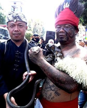 Tari Ular Asal Samarang Garut.
