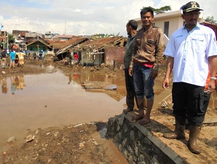 Perkampungan Cimacan Paling Parah Terdampak Bencana.