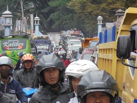 Kemacetan Arus Lalu Lintas.