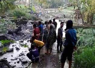 Banjir Batugede Sukajaya Tarogong Kidul Rusakan Sarana Jalan.