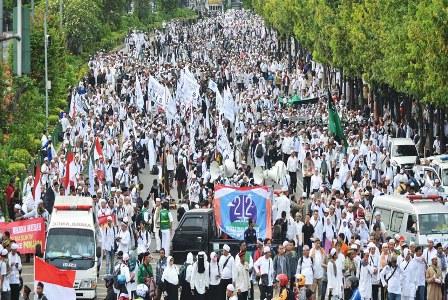 Massa aksi umat Islam (ilustrasi). Antara/Akbar Nugroho Gumay.