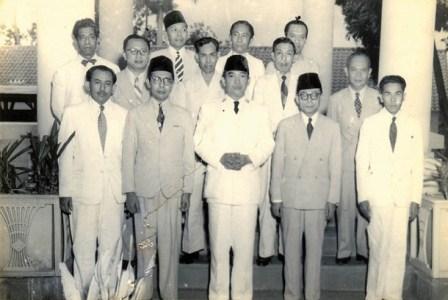 Sukarno bersama M Natsir. (dok; Istimewea).