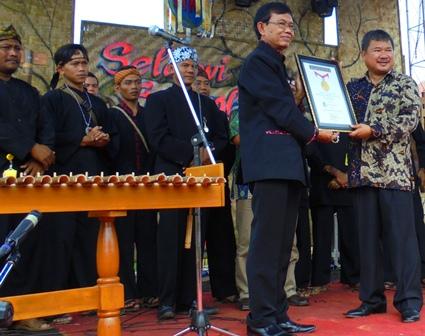 Garut/Selaawi Berhasil Raih Pemecahan Rekor Muri.