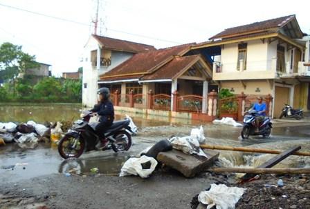 Dilanda Banjir.