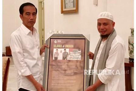 Ustaz Arifin Ilham dan Presiden Jokowi. (dokpri ).