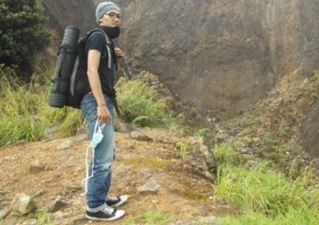 Berkemah di Nangklak Kaki Lereeng Gunungapi Papandayan.