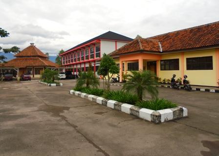 Kampus SMKN 9 Garut.