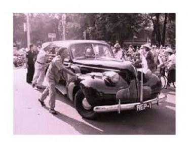 Mobil Buick-8 milik Presiden Sukarno.