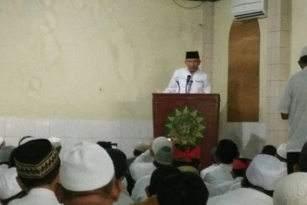 Amien rais khotib shalat jumat di masjid gedung dakwah muhammadiyah. (Amri amrullah).