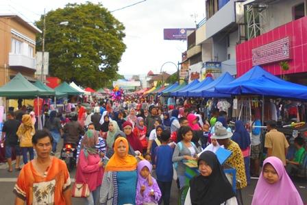 HBKB di Kota Garut yang Sarat Pedagang, Ahad (07/05-2017).