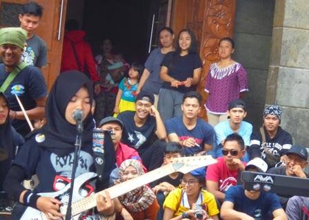 Atraksi Rock Band Himpun Dana Bantuan Korban Amuk Sungai Cimanuk.