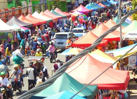 Anjungan Pedagang Sepanjang Jalan A. Yani Garut.