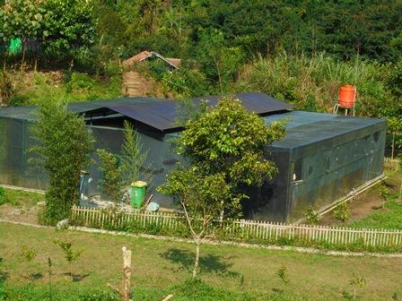 Pusat Konservasi Elang.