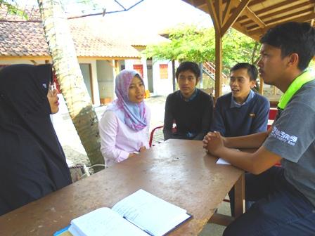 Willy Ariesta Berdialog Dengan Empat Akademisi IPB.