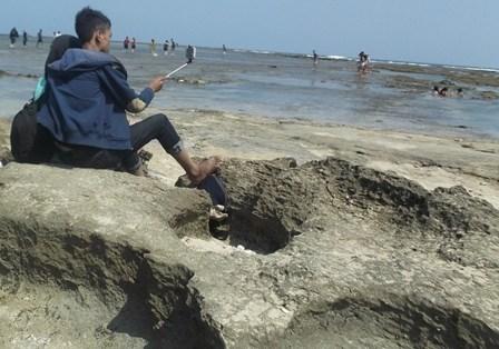 Ilustrasi. Panjangnya Garis Pantai Indonesia Tak Menjamin Memadainya Produktivitas Garam.