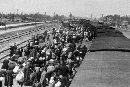 Ribuan orang Yahudi dibawa ke kamp konsentrasi. (ilustrasi). (wikimedia.org).